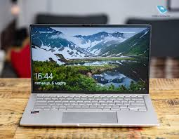 Mobile-review.com Обзор <b>ноутбука ASUS ZenBook</b> 14 (UM433DA)