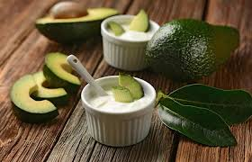 avocado and yogurt face mask for dry skin
