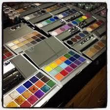 kryolan 18 eyeshadow palette a staple makeup artist kitmakeup