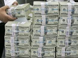 Картинки на тему деньги  Уточню выше сказанное а то не так поймете и ругаться будите Больше чем одна такая пачка в месяц В среднем