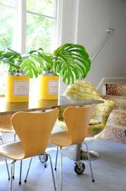 a fresh and colorful dining room by denise davies and kerri rosenthal of interieurs via