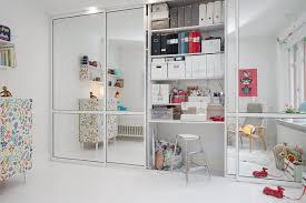 Bedroom Closet Sliding Mirror Door And Storage Shelves