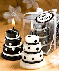 the classy style of black and white wedding favors wedding planning Wedding Favor Ideas Black And White black and white wedding favors wedding favor ideas black and white