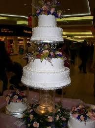 Bonnie Belles Pastrieswedding Cakes4 Tier Dot Cake With Fountain