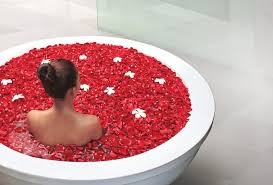 <b>Sunstone</b> Spa Shows the Healing Power of the Rose