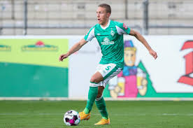 Niclas fullkrug's return to fitness is a huge boost for bremen, however, they will be without patrick erras and luca plogmann for this. Tw6h2xqci3ak3m