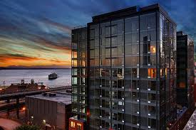 Downtown Seattle view at The Nolo Apartments roof top deck ...