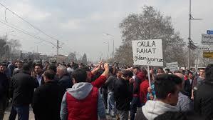 Bursa'da uyuşturucuyu protesto eden mahalleli yolu kapadı