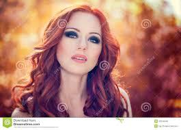 red hair woman eyes redhead makeup tips