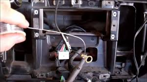 2002 dodge dakota stereo wiring harness 2002 image 2001 dodge dakota ering a ground wire on 2002 dodge dakota stereo wiring harness