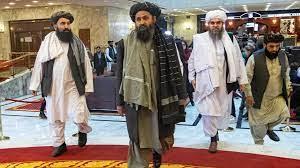 """برادر يكذّب وجود خلافات داخل """"طالبان"""" وينفي إصابته في اشتباك مع فصيل منافس"""