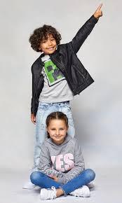 Носенето на облекло е изключително човешка характеристика и е характерна черта на почти всички човешки общества. Terranova Damsko Mzhko I Detsko Obleklo