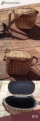L J S Collection Basket Purse