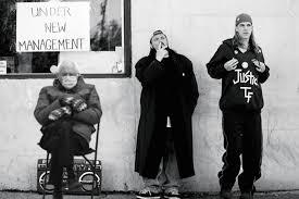 Bernie, Jay And Silent Bob   Bernie Sanders Wearing Mittens ...