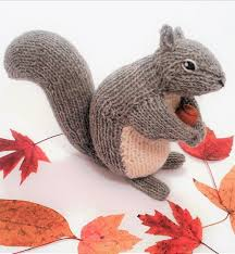 Backyard Squirrel Knitting Pattern By Sara Elizabeth Kellner