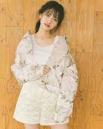 金川 沙耶 モデル