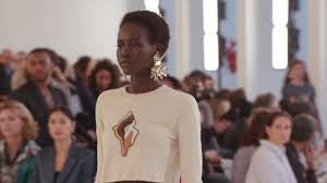 Chloé <b>Spring</b>/<b>Summer 2019</b> - YouTube