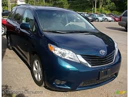 2011 Toyota Sienna LE in South Pacific Blue Pearl photo #11 ...