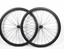 Fetish cycles carbon clincher