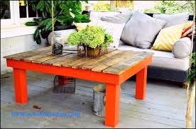 how to make coffee table out of pallets