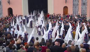 Nazarenes In Semana Santa Festivals In Andalucia Andaluciacom