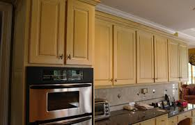 Kitchen And Bathroom Designers Kitchen Backsplash Ideas With Cream Cabinets Breakfast Nook