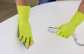best bathtub cleaner 4 s that get the job done