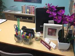 office desk decor ideas. Attractive Office Desk Decoration Ideas With Cute Pink Cubicle Decor