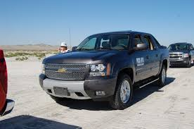 similiar 09 chevy avalanche keywords chevy avalanche radio wiring diagram together 2007 nissan