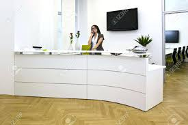 front office a front desk lady in the office cal office front desk duties dental office front desk manager salary front office receptionist jobs