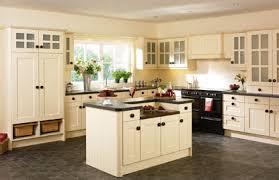 beaded vienna kitchen doors in cream ash