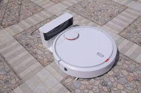 Review có nên mua robot hút bụi Xiaomi Mi Vacuum, giá bao nhiêu -  Majamja.com