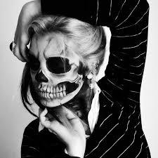 skull makeup for