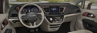 2018 chrysler town and country vs pacifica. plain chrysler 2017 chrysler pacifica with 2018 chrysler town and country vs pacifica