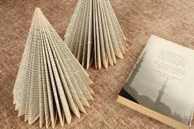 book tree reuse recyle books diy