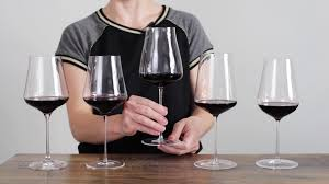 Wine Glass Shape Chart How To Choose The Right Wine Glasses For You Wine Folly