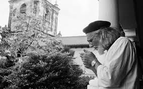 ernesto cardenal el poeta y sacerdote