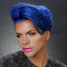 jeffree star dreamhouse metallic matte lipstick is finally here allure