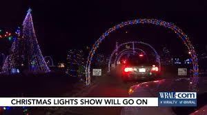Holt Road Apex Nc Christmas Lights Apex Holiday Lights Twinkle Again After Traffic Gridlock