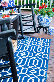 choose and care for an outdoor rug
