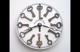 Resultado de imagem para artesanato de chaves velhas