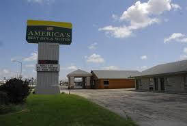 Americas Best Inn And Suites Emporia Americas Best Value Inn Emporia Ks Bookingcom