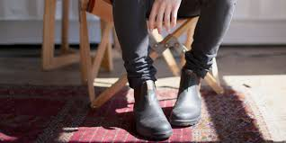 Discover the latest range of men's chelsea boots with asos. How To Wear Men S Chelsea Boots Askmen