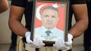 Emniyet Müdür Yardımcısını Cevher'i Şehit Eden Şahsa Örgüt İzi Araştırması  - Medyafaresi.com Mobil