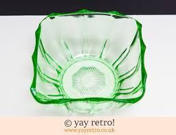 large green depression glass dish 6 07