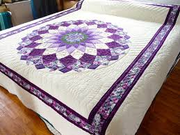 Giant Dahlia Quilt (Quilting Land) | Free pattern, Quilt and Dahlias & Giant Dahlia Quilt Adamdwight.com