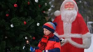 """""""<b>Дед Мороз</b>-опрос"""" показал, когда и почему дети перестают ..."""