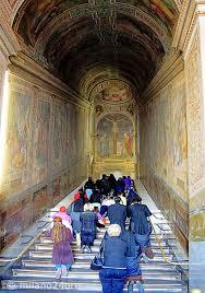 See actions taken by the people who manage and post content. Die Heilige Treppe Scala Santa Und Die Papstkapelle Sancta Sanctorum