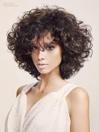 7 Geweldige Lessen Die U Kunt Leren Kapsels Halflang Haar