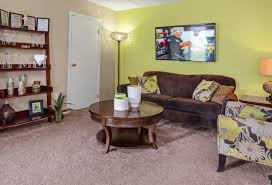 spacious living room apartments for in wyomissing pa woodland plaza